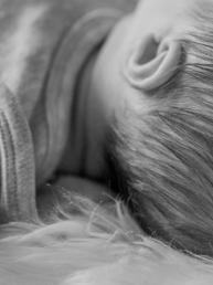 Baby-Haare-Newborn-Fotografie